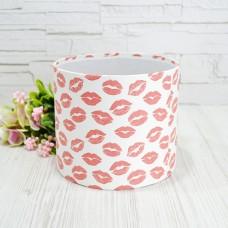 Шляпная коробка 16смх14см KISS